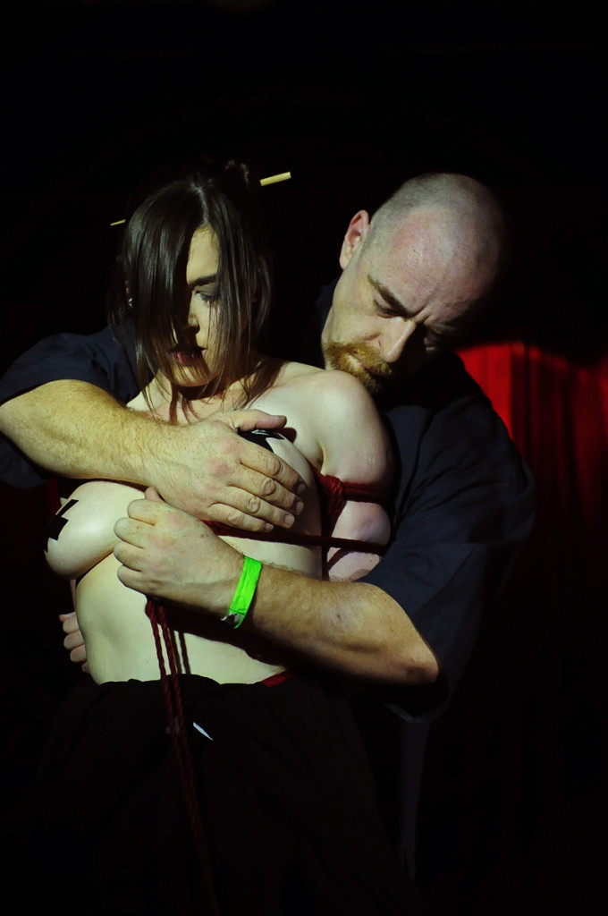 Shibari Bondage Show By Wykd Dave And Clover In Dublin Ireland In 2011 Performed At Twisted Leprechaun002 20180805