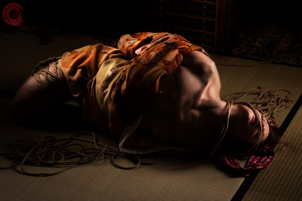 Noctuelle tied bound gagged in Kimono, intense kinbaku scene.