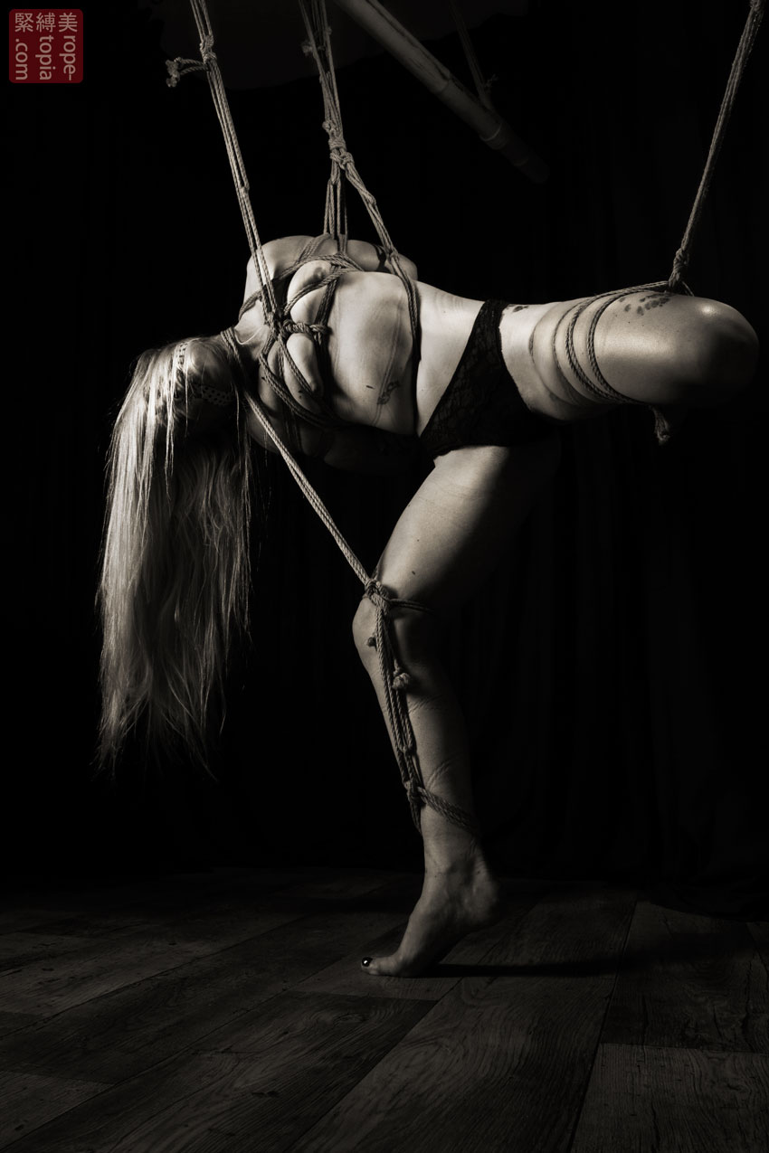 Iongantas Shibari Bondage Session Rope By Wykd Dave Photography Clover Brook 013