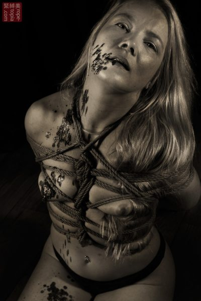 Iongantas Shibari Bondage Session Rope By Wykd Dave Photography Clover Brook 020